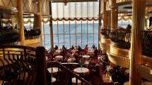 Zalety restauracji z hotelami